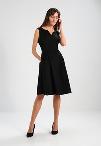 mint&berry - Day dress - black - 0