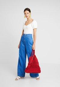mint&berry - BODY - T-shirt med print - cloud dancer - 1