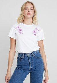 mint&berry - Print T-shirt - white/lilac - 0