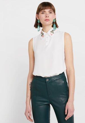 Blouse - white alyssum