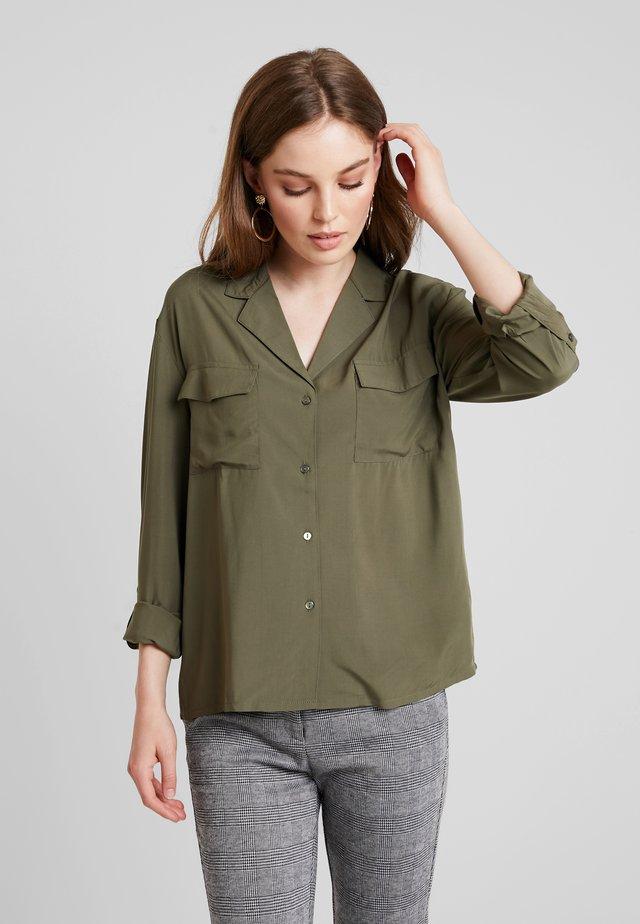 Skjorte - olive night