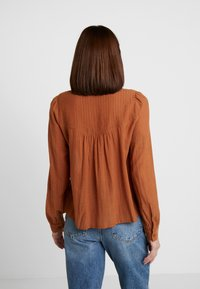 mint&berry - Button-down blouse - caramel cafe - 2
