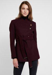 mint&berry - Krátký kabát - bordeaux - 0
