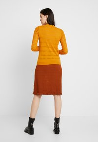 mint&berry - Pullover - mustard - 2