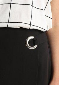 mint&berry - Shorts - black - 4