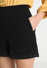 mint&berry - Shorts - black - 4