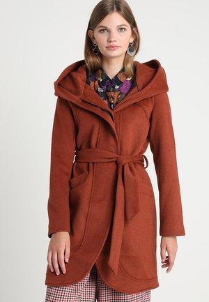 Manteau classique - picante