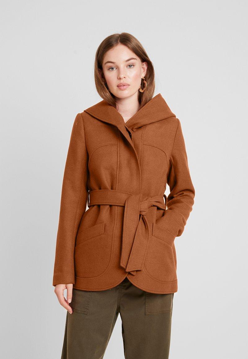 mint&berry - Short coat - cognac