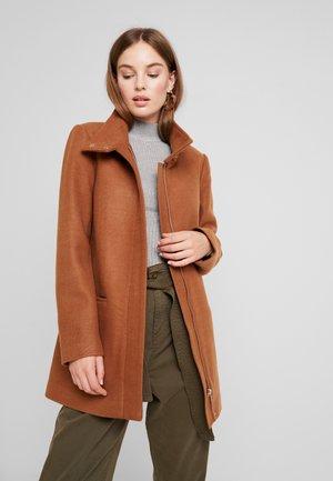 Krátký kabát - camel