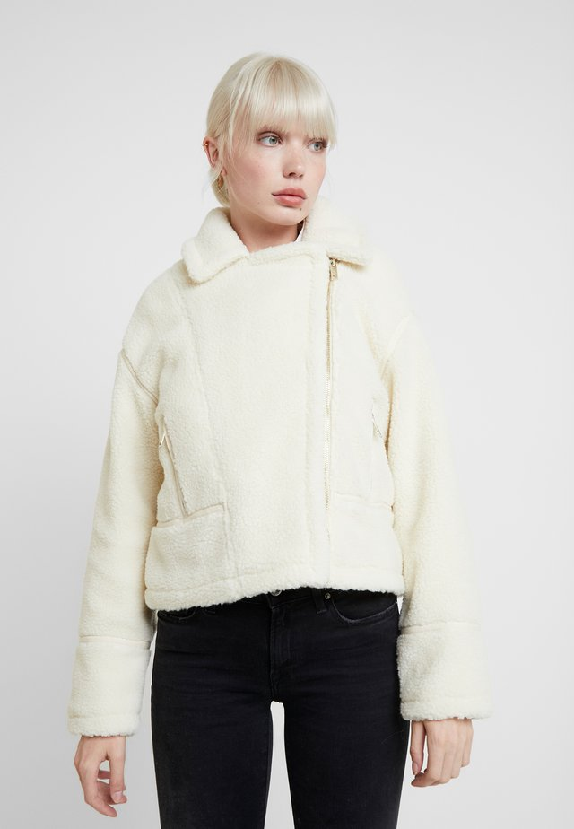 Talvitakki - off-white