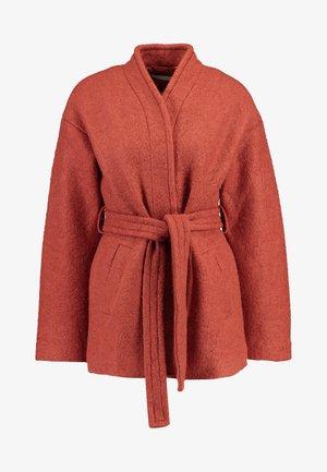 Pitkä takki - orange