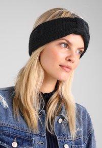 mint&berry - Ear warmers - black - 1