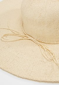 mint&berry - Hat -  beige - 4