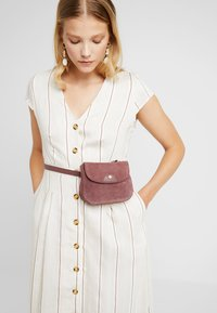 mint&berry - LEATHER - Bum bag - dusty rose - 1