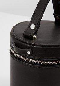 mint&berry - Handbag - black - 6