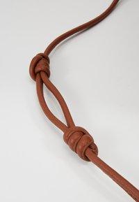 mint&berry - LEATHER - Håndtasker - cognac - 6