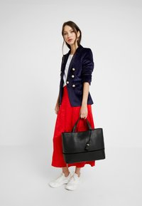 mint&berry - LEATHER - Briefcase - black - 1