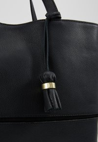 mint&berry - LEATHER - Briefcase - black - 6