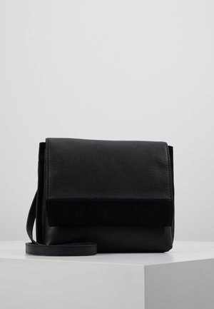 LEATHER - Schoudertas - black
