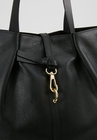 mint&berry - LEATHER - Shopping Bag - black - 6