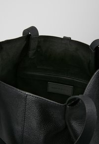 mint&berry - LEATHER - Shopping Bag - black - 4