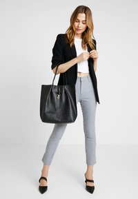 mint&berry - LEATHER - Shopping Bag - black - 1
