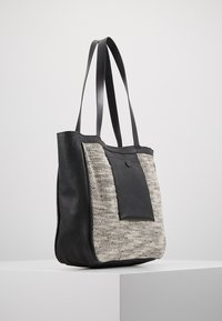 mint&berry - LEATHER - Tote bag - black - 3