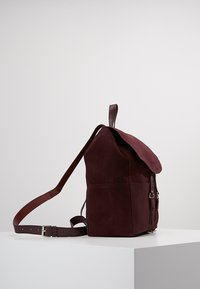 mint&berry - LEATHER - Rucksack - purple - 3