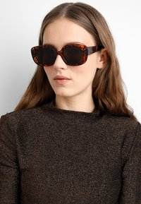 mint&berry - Sonnenbrille - brown - 1