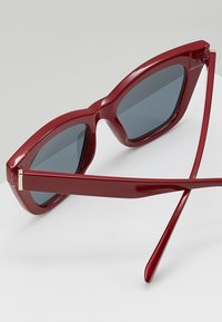mint&berry - Sunglasses - bordeaux - 3