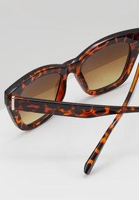 mint&berry - Sunglasses - brown - 3