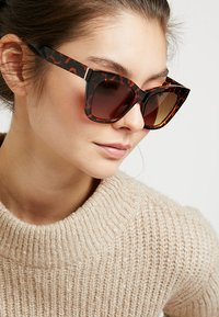 mint&berry - Sunglasses - brown - 1