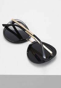mint&berry - Gafas de sol - black - 3