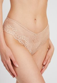 mint&berry - 3 PACK - Briefs - nude - 4
