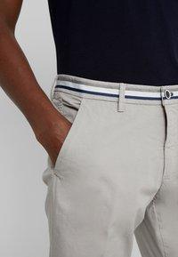 Mason's - TORINO SUMMER - Chino kalhoty - grey - 3