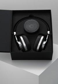 Master & Dynamic - MW50 WIRELESS ON-EAR - Słuchawki - leica silver - 3