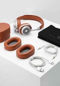 Master & Dynamic - MW50 WIRELESS ON-EAR - Headphones - brown/silver