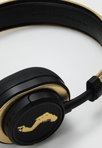 Master & Dynamic - MW50 WIRELESS ON-EAR - Auriculares - black / gold - 2