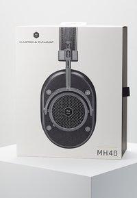 Master & Dynamic - MH40 OVER-EAR - Auriculares - gunmetal - 4