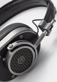 Master & Dynamic - MH40 OVER-EAR - Auriculares - gunmetal - 6
