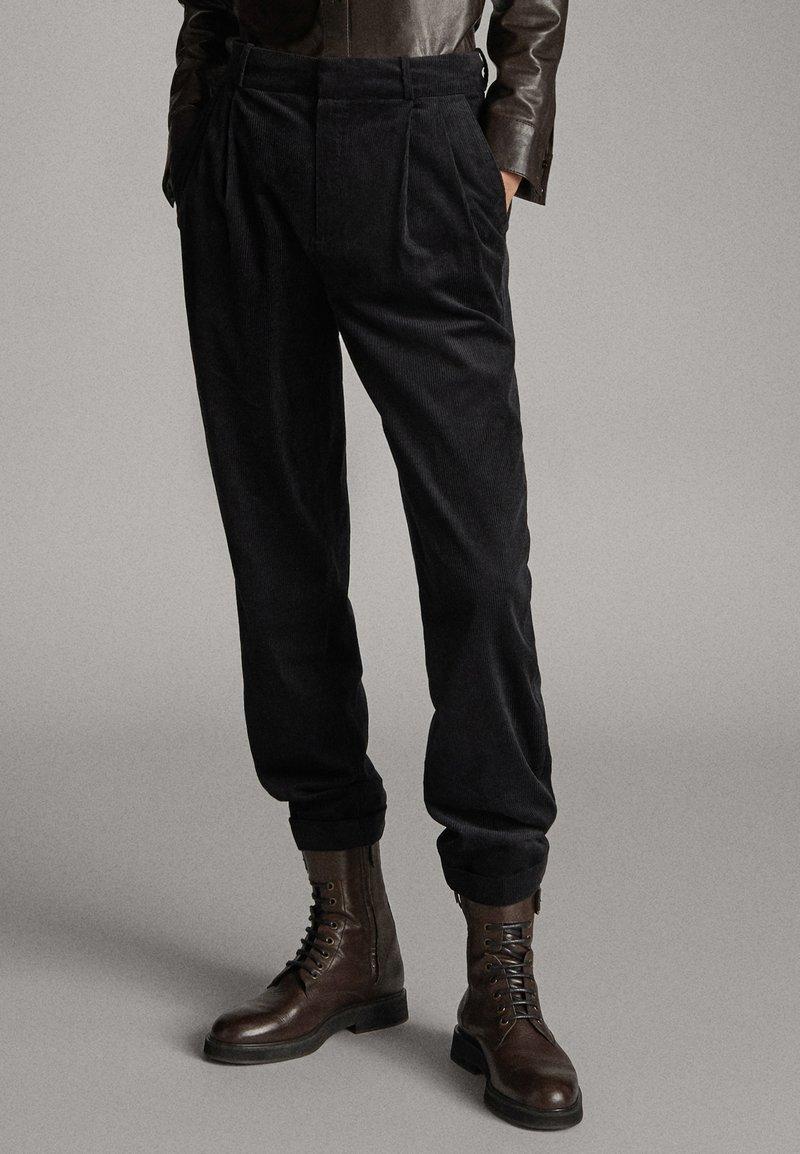 Massimo Dutti - Bottes à lacets - brown