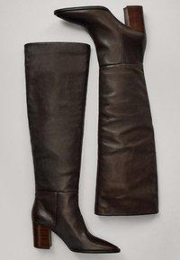 Massimo Dutti - MIT HOLZABSATZ  - Boots - brown - 4