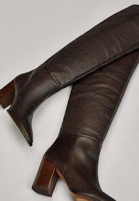 Massimo Dutti - MIT HOLZABSATZ  - Boots - brown - 6