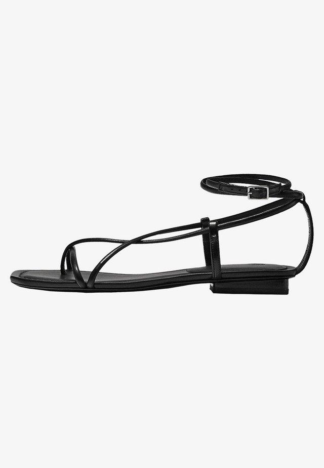 MIT MEHREREN RIEMEN - Sandali da trekking - black