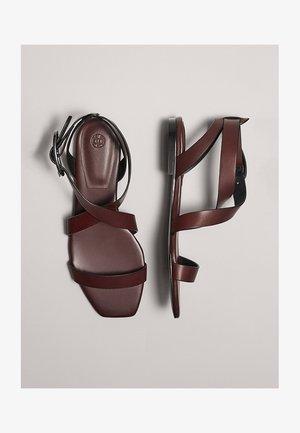 Sandały - bordeaux