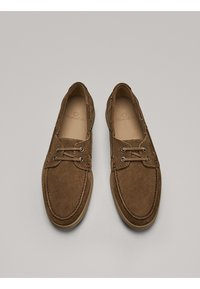 Massimo Dutti - GOLBRAUNER MOKASSIN AUS BORKELEDER 12408550 - Chaussures bateau - beige - 2