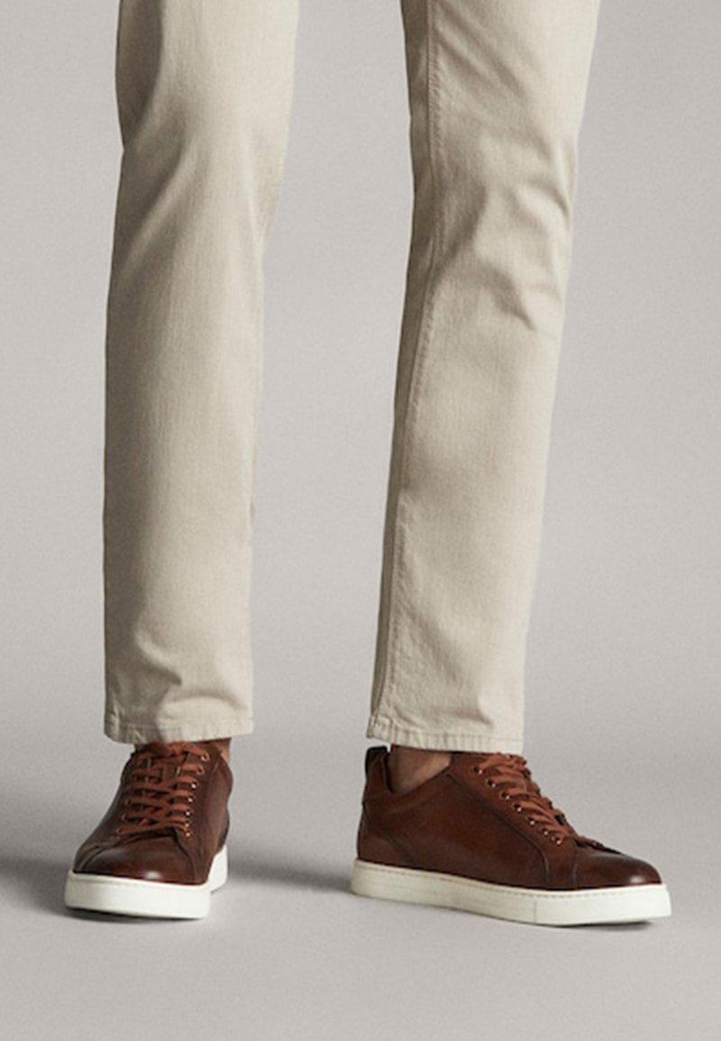 Massimo Dutti - Sneakers laag - brown