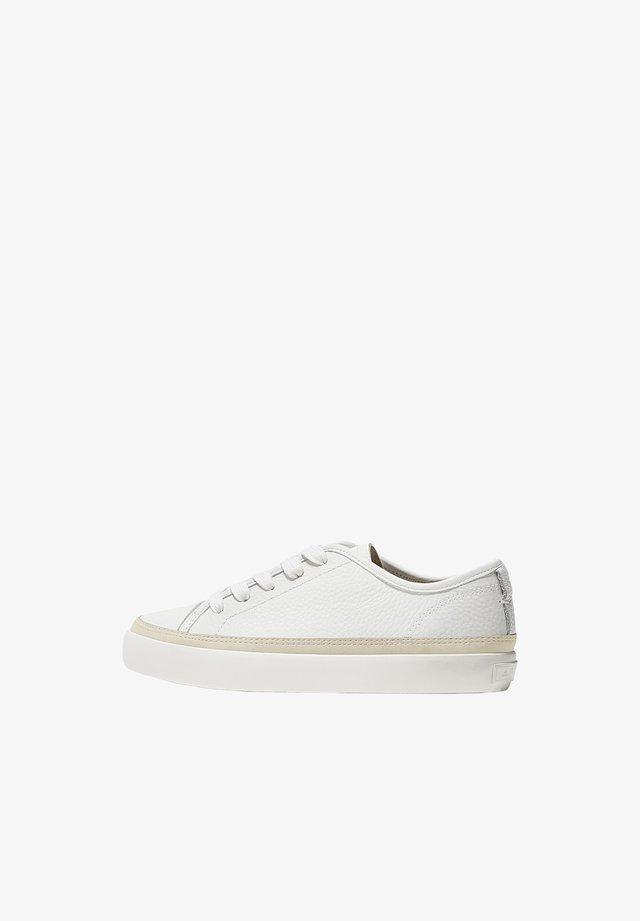 MIT VERZIERUNG AUS RAULEDER 13037550 - Sneakers basse - beige