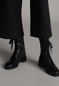 Massimo Dutti - Pantalon classique - dark grey - 5