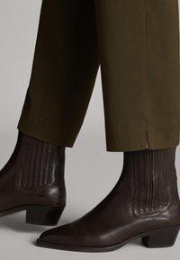 Massimo Dutti - Trousers - green - 5